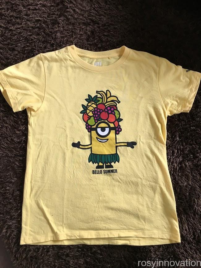 ミニオンコーデ 黄色いTシャツ