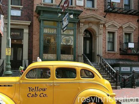フィガネンズバー通り インスタ映え 黄色いキャブ
