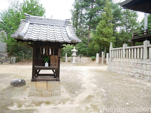 熊野神社7 境内を散策