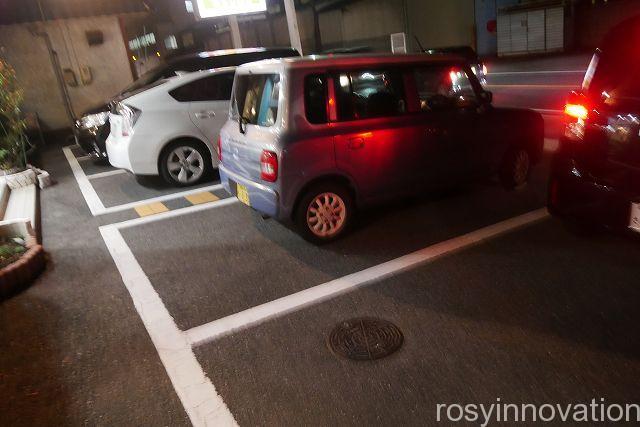 モランボン2 駐車場