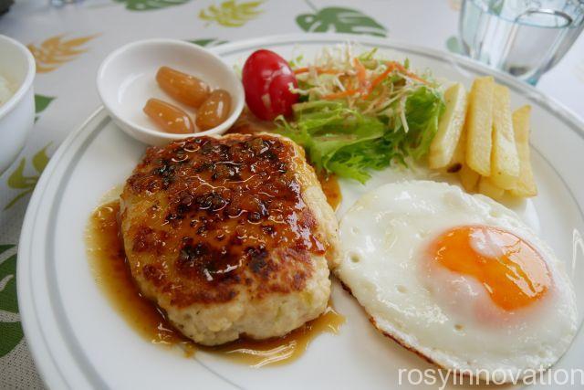 カフェキューブ19 豆腐ハンバーグ