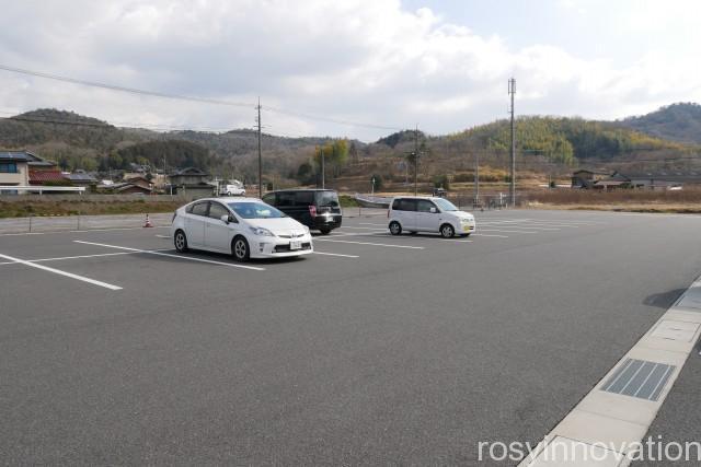 たかたのたまご3 駐車場