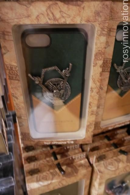 ★進撃の巨人グッズ追加25 iPhoneケース