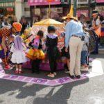 【USJ】トリックオアトリート2019(動画付き)お菓子つかみ取りの場所や時間と待ち時間