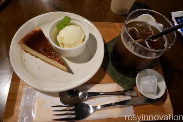 にしくらカフェ 真庭 (10)酒粕チーズケーキ