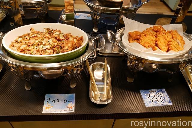 ピュアリティまきび蟹食べ放題バイキング (5)フライドチキン