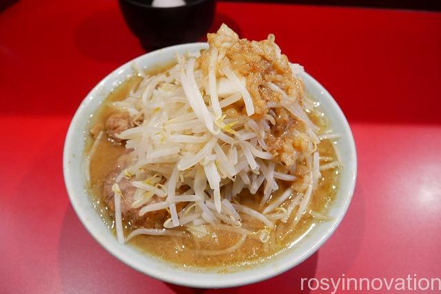 ラーメンきずな (3)麺半分野菜マシ
