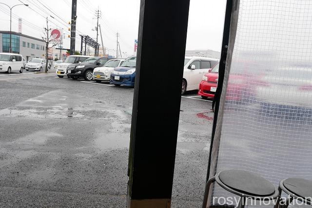ラーメン辰弥 (2)車