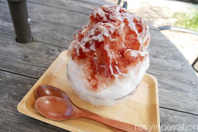 スイーツパーラー十字屋商店 (1)真庭かき氷