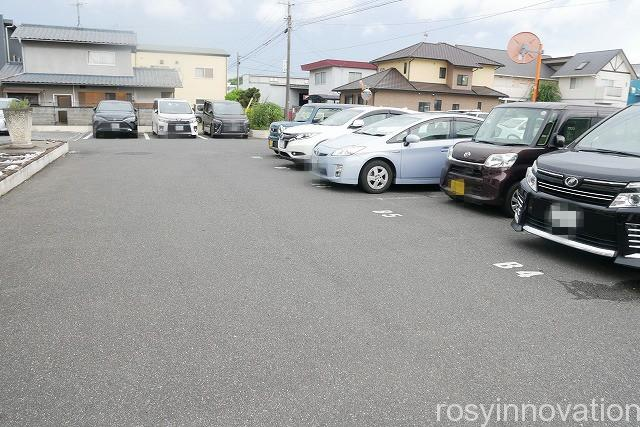 オスピターレ (2)駐車場
