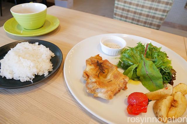 KNOT Tea&Farmkitchen ブランチ北長瀬 (20)