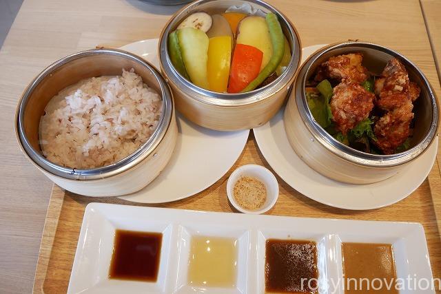 KNOT Tea&Farmkitchen ブランチ北長瀬 (21)鶏唐揚げのセイロ蒸し