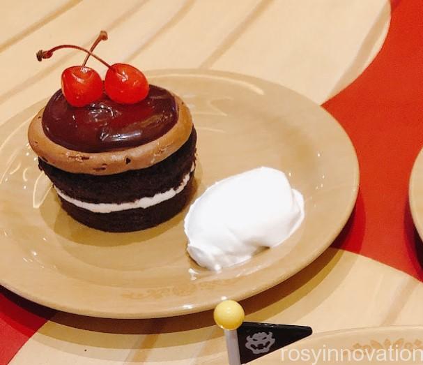 キノピオカフェUSJ (16)チョコレートカップケーキ