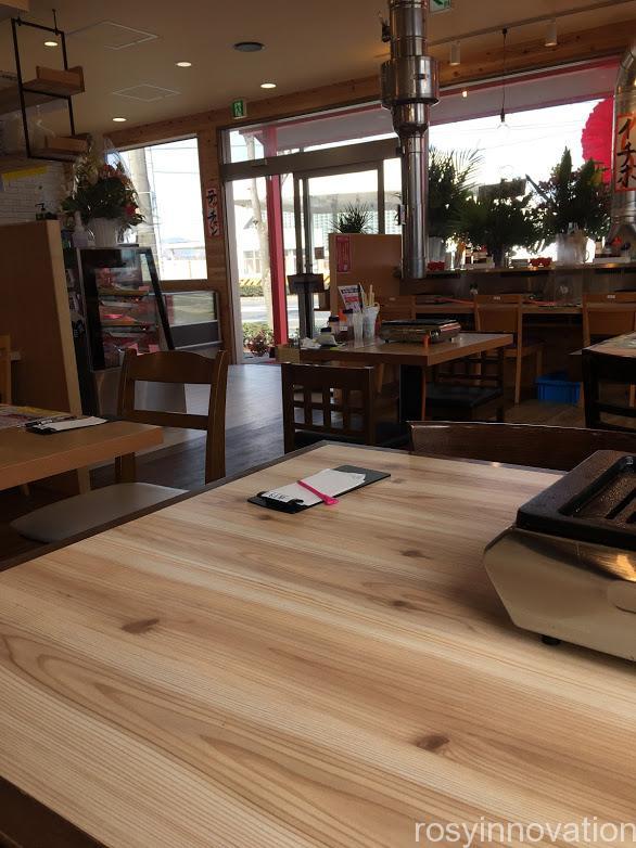 肉のさとう商店岡山ドーム前店 (8)店内