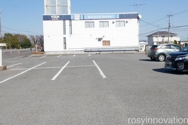 ヴィクトリア藤田店 (2)駐車場