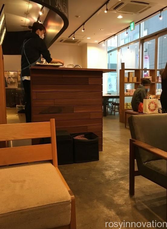 ザ・コーヒーバー(THE COFFEE BAR) (2)店内