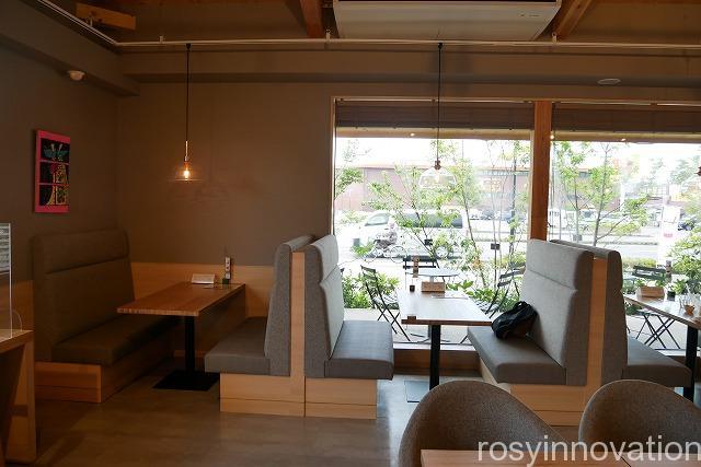 シキシマドウノカフェ平井店 (17)ソファー席
