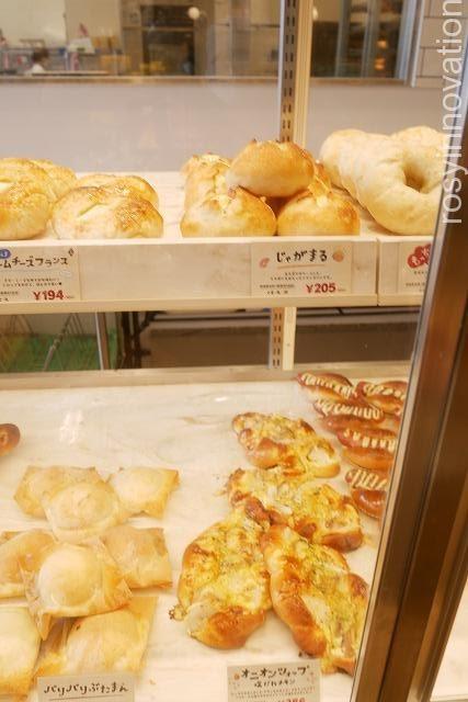 ねこねこ食パンハートブレッドアンティークアリオ倉敷 (1)塩パン