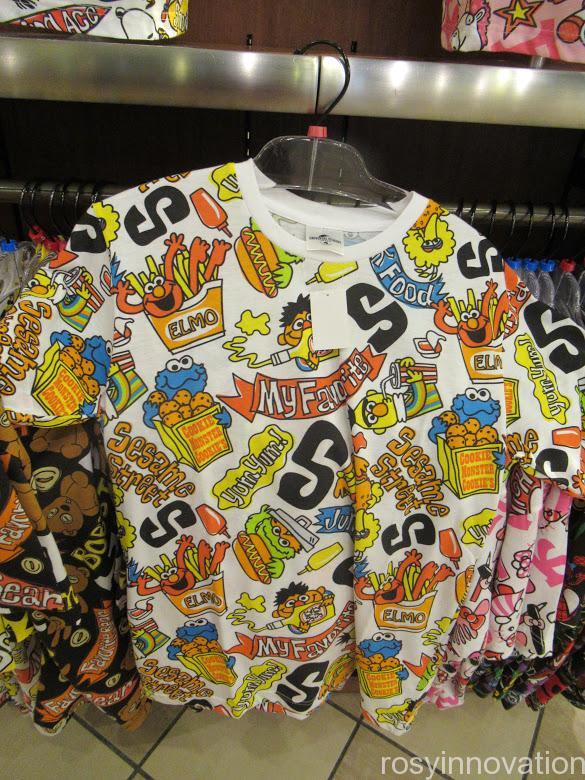 USJ Tシャツ セサミ 総柄