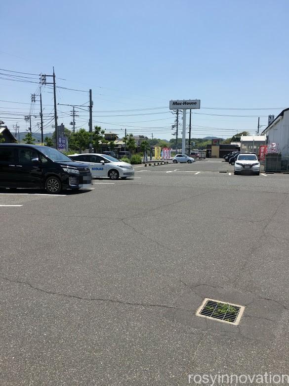 大阪王将総社店 (25)駐車場